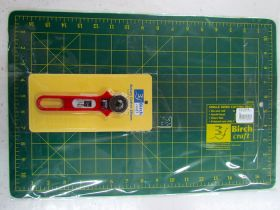 Great value Cutting Mat & 28mm Rotary Cutter available to order online New Zealand