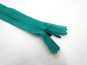 Great value Invisible Zip- Peacock- 249 available to order online New Zealand